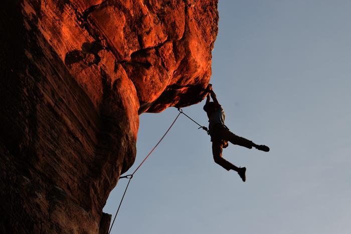 climbing-2264698_700px