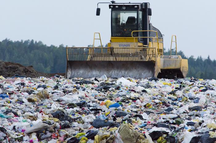 landfill-879437_700px